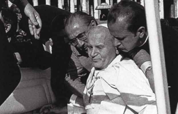 Kto chciał zabić Papieża
