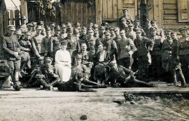 Żołnierze IV Pułku Ułanów Zaniemeńskich