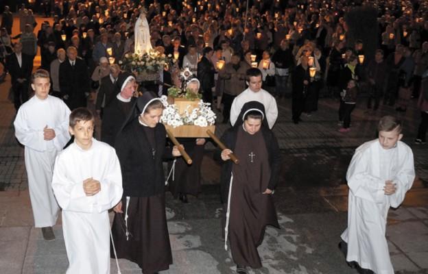 Relikwie Dzieci Fatimskich w Rzeszowie
