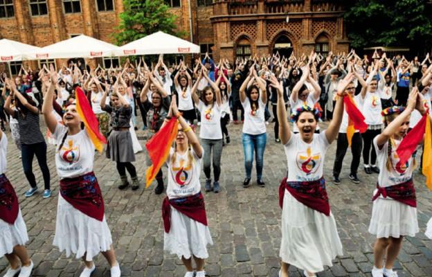 Toruń tańczy dla Jana Pawła II
