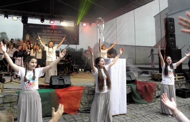 Koncert Uwielbienia w Strzegomiu