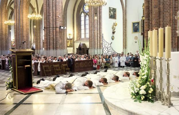 Nowi kapłani w Roku Miłosierdzia