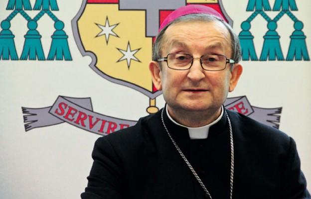 Bp Regmunt: Uczyłem się od diecezjalnych duszpasterzy służby zdrowia