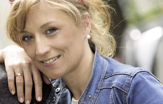 Aneta Liberacka – żona, matka i szefowa Stacji7 – multimedialnego magazynu dla ludzi, którzy chcą rozmawiać o religii