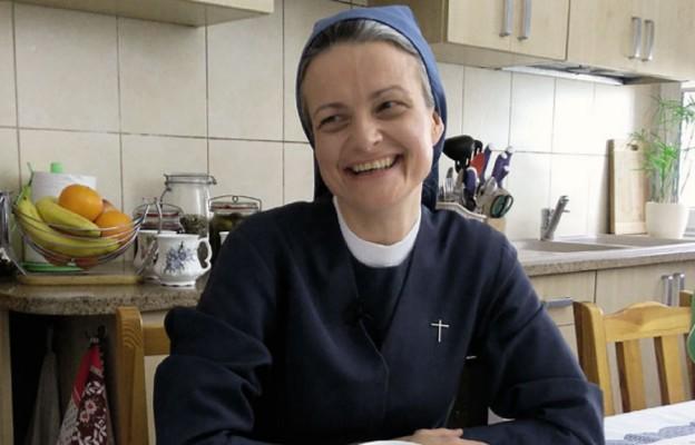 S. Anna Maria Pudełko, apostolinka