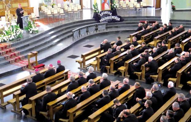 Świat potrzebuje kapłanów