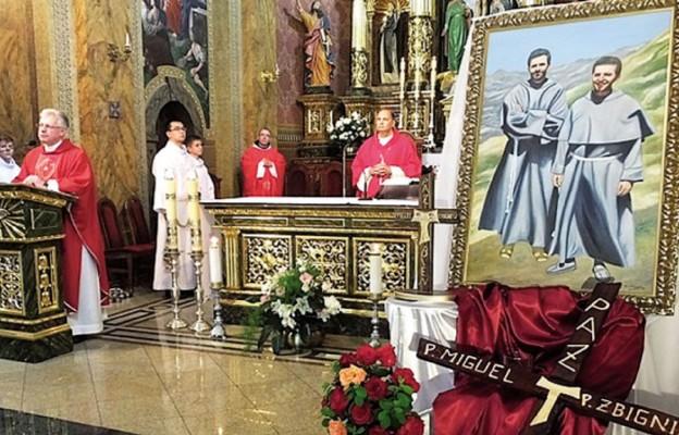 Na Eucharystii uroczyście wprowadzono relikwie Męczenników