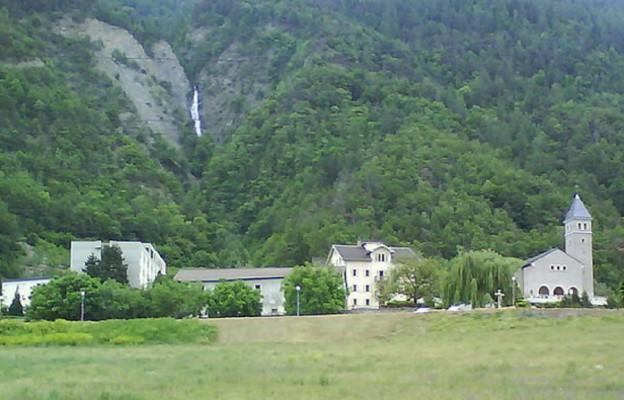 Międzynarodowe seminarium Bractwa Kapłańskiego Świętego Piusa X w Ecône