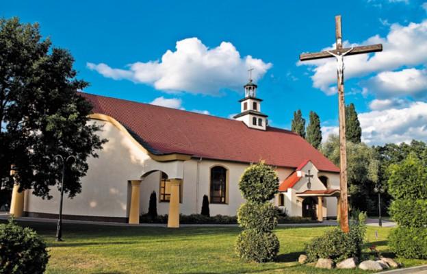 Od małej kaplicy do wielkiej świątyni