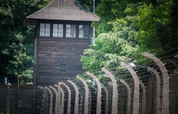 78 lat temu z niemieckiego obozu Auschwitz zbiegło siedmiu więźniów