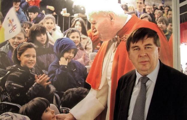 Papież na tysiącach klatek