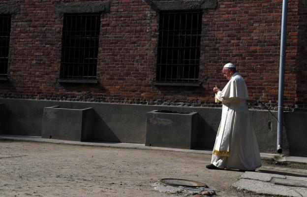 Wsłuchać się w milczenie Franciszka