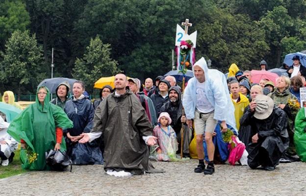 Pielgrzymi dotarli do Jasnogórskiej Matki