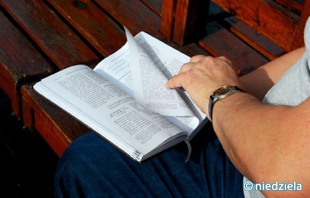 Czytać, czytać i jeszcze raz czytać
