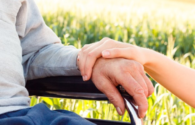 Dofinansowanie z MOPS-u dla seniora