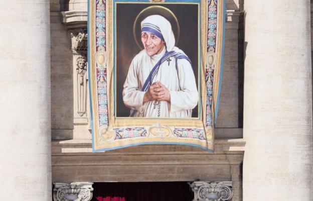 Podczas Mszy św. kanonizacyjnej na Placu św. Piotra w Rzymie, 4 września 2016 r.