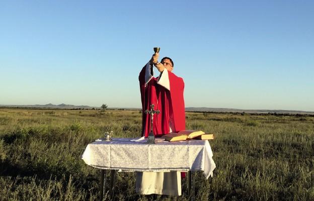 Miłość nieprzyjaciół, radość kapłaństwa