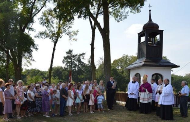 Jubileusz 30 – lecia Konsekracji Kaplicy Parafialnej i wprowadzenie relikwii Świętej Rafki z Libanu