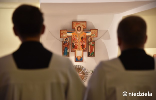 Statystyki watykańskie: Europa ma najwięcej księży i zakonników