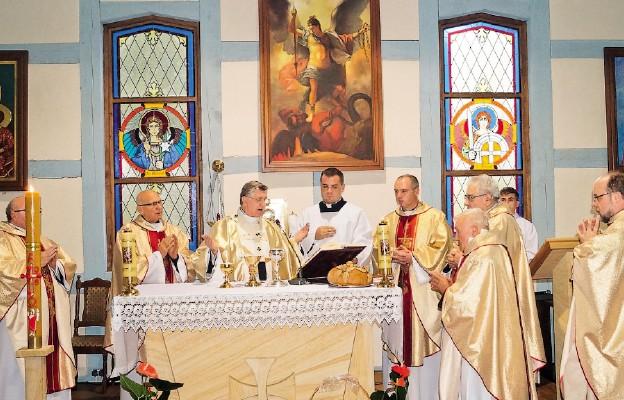 Konsekracja kościoła w Niemicy