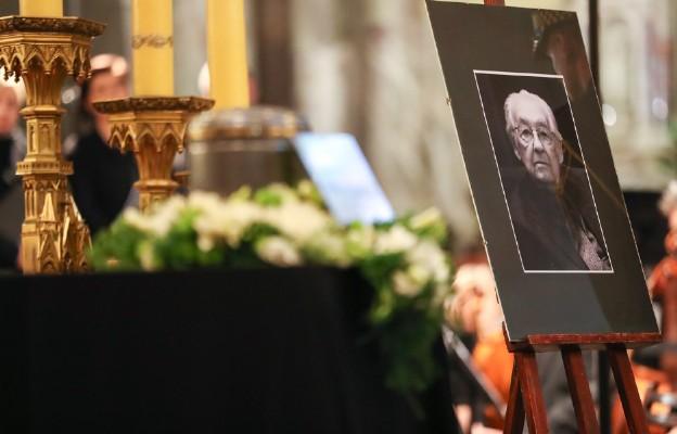 Kraków: uroczystości pogrzebowe Andrzeja Wajdy
