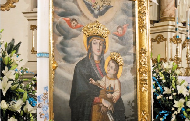 """""""Oto otwarta Brama niebios – Wspaniała Matka Boga i Dziewica. Och! Wejdźcie"""" – głosi napis pod obrazem Matki Bożej Śnieżnej. Więcej zdjęć na stronie internetowej """"Niedzieli"""""""