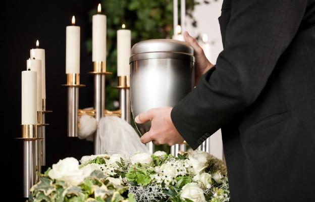 Czy kremacja zwłok jest niezgodna z wiarą chrześcijańską? (2)