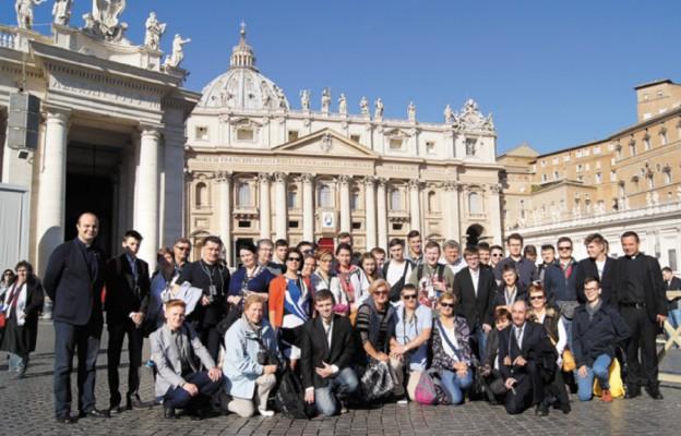 Wspólnota Niższego Seminarium Duchownego na Placu św. Piotra