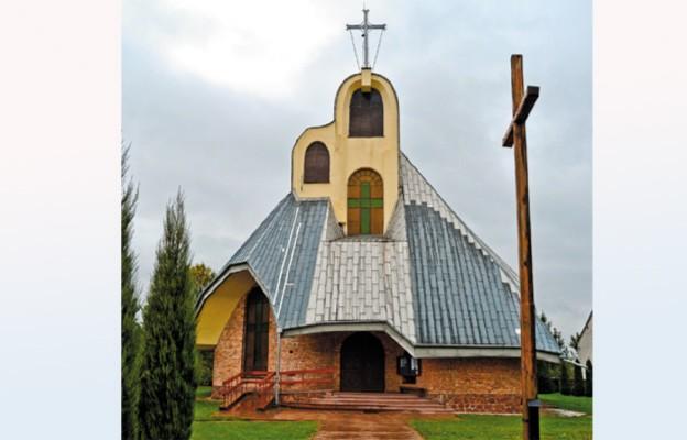 Nowy kościół pw. Świętych Apostołów Piotra i Pawła