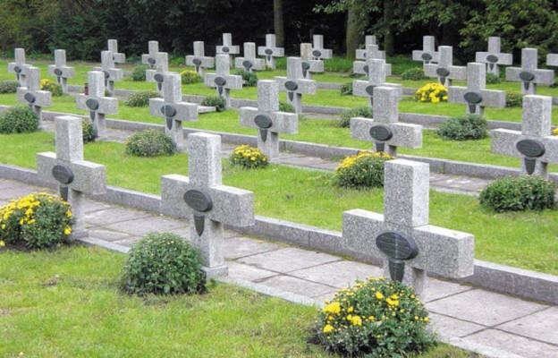 Polskie cmentarze na świecie (1)
