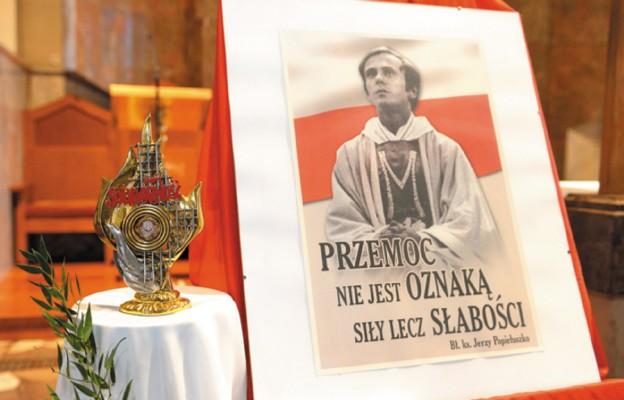 Orędownik z nieba w dąbrowskiej parafii