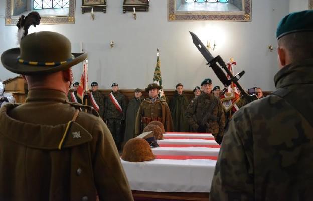 Pogrzeb szczątków 27 żołnierzy Wojska Polskiego, którzy polegli we wrześniu 1939 r. Mościska na Ukrainie