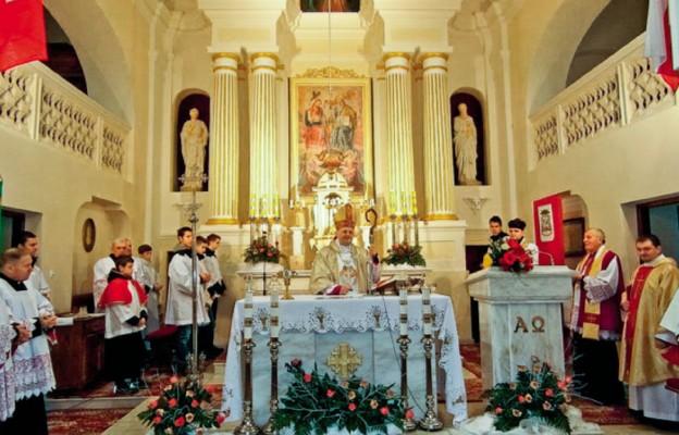 Poświęcenie kościoła w Dziadkowicach po remoncie