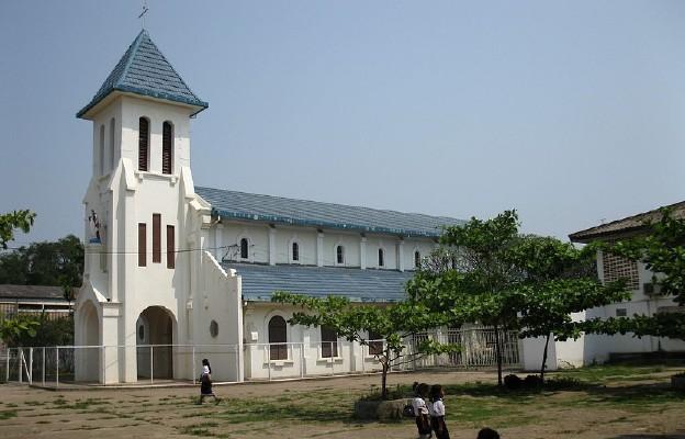 Katedra w Vientiane (Laos)