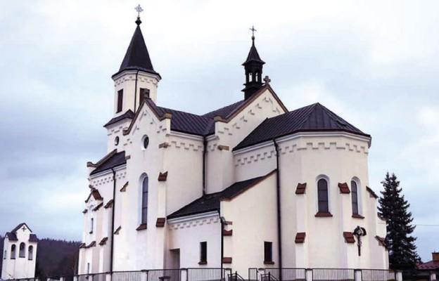 Kościół w Warzycach konsekrowany