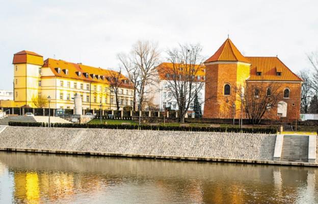 Kościół św. Marcina i bulwar ks. Zienkiewicza