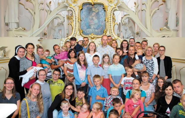 Rodzina – dom budowany miłością