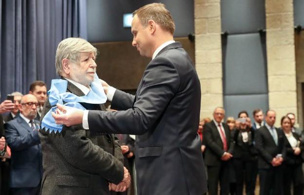 Prof. Szewach Weiss został odznaczony przez Prezydenta Andrzeja Dudę Orderem Orła Białego