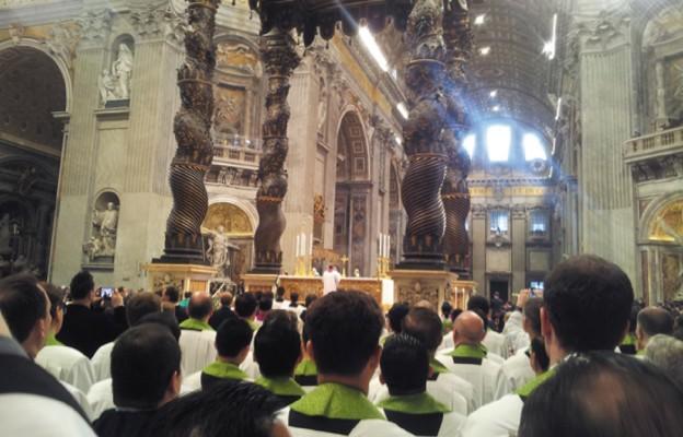 Bazylika św. Piotra w Rzymie. Przed Mszą św.