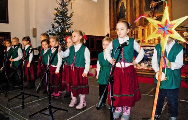 Radosny śpiew najmłodszych