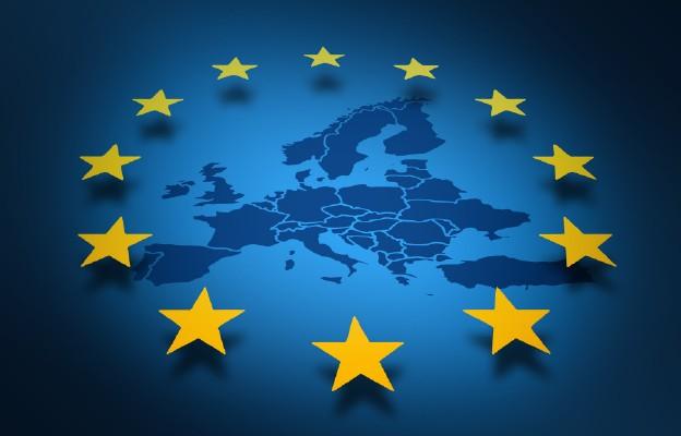 Posag dla Europy – flaga z gwiazd dwunastu