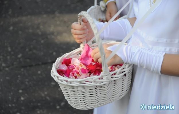 Archidiecezja gnieźnieńska: Boże Ciało z procesjami