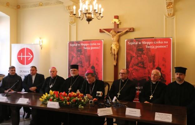 Hierarchowie  z całego Dolnego Śląska podpisali deklarację pomocy dla Allepo