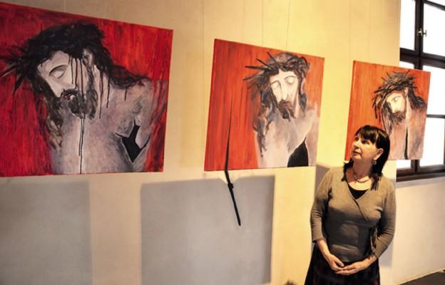Malowałam tego poranionego Chrystusa i dyskutowałam o wierze z... ateistą – opowiada Maria Bieńkowska-Kopczyńska