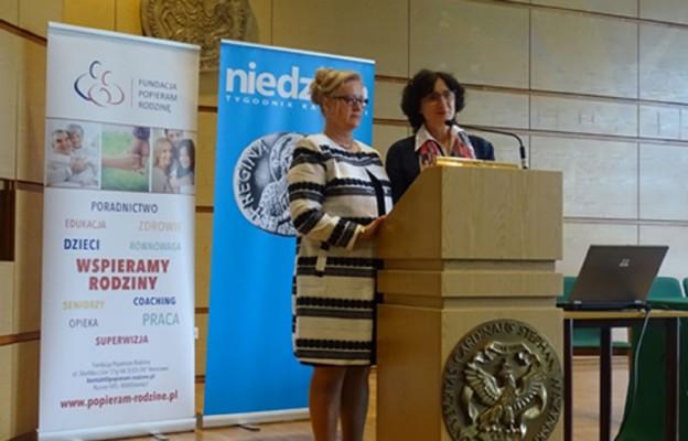 Prof. UKSW Maria Ryś (z prawej) oraz dr Grażyna Koszałka z Hamburga