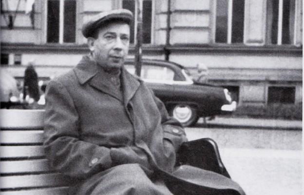 """Stanisław Grzesiuk stał się popularny, jako wykonawca piosenek z przedwojennej stolicy, takich jak """"Bal na Gnojnej"""", """"Ballada o Felku Zdankiewiczu"""",""""U cioci na imieninach"""""""
