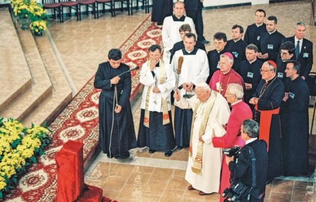 Żyją duchowością świętego papieża