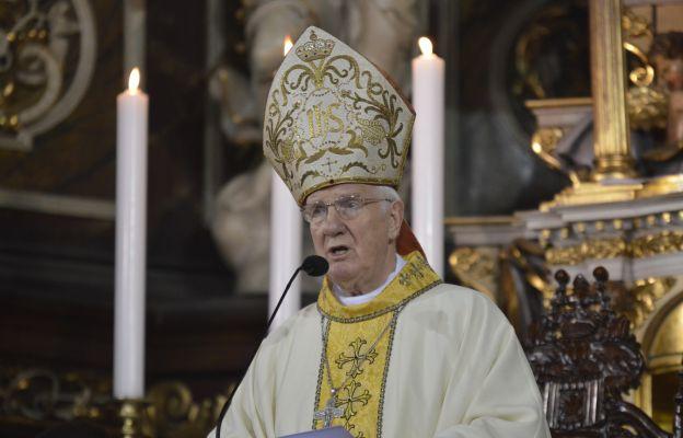 Bp Ignacy Dec: Katolik powinien głosować na kandydata głoszącego poglądy zgodne z Dekalogiem i Ewangelią