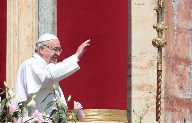 Franciszek przed Regina Caeli: ostatnie słowo należy do życia