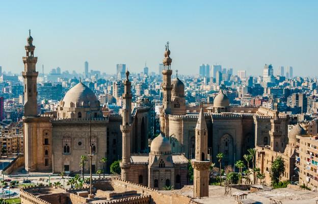 Egipt: Al-Azhar zezwala na zwieszenie piątkowych modlitw muzułmańskich